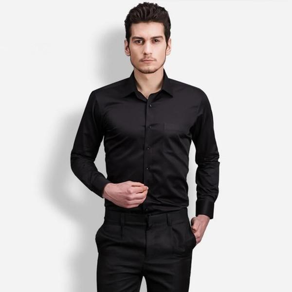 Черный приталенный костюм для мужчины
