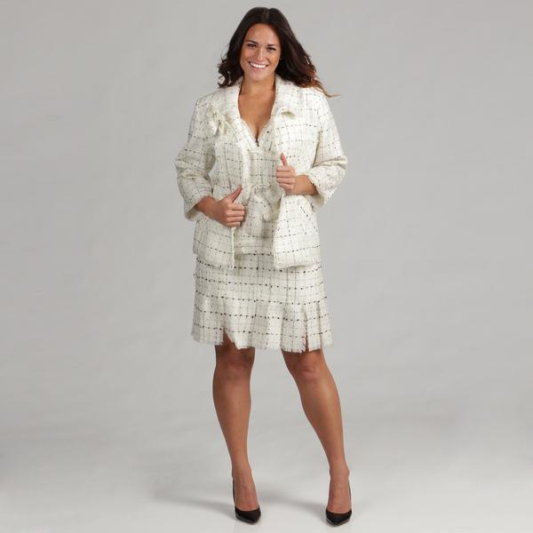 Деловой костюм для полных женщин