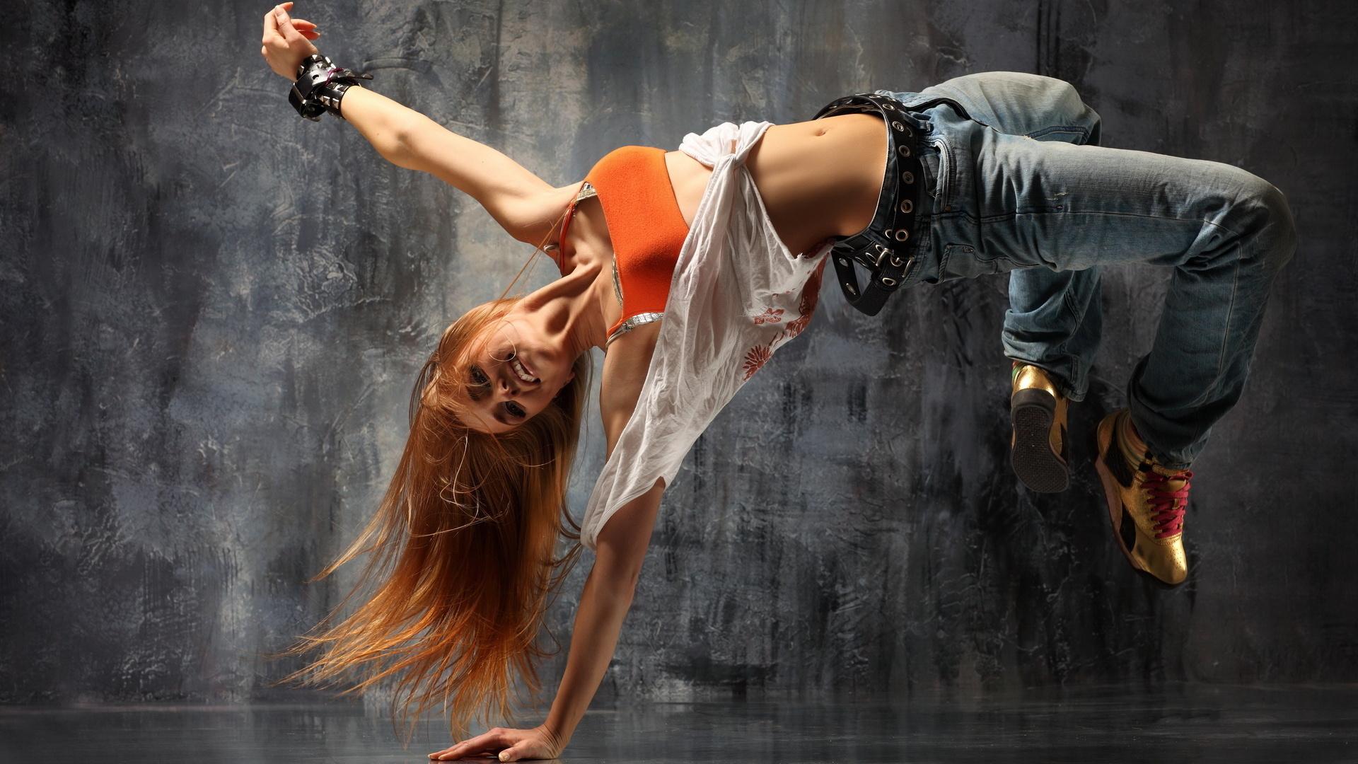 Это не просто танец, а целая культура со своей одеждой
