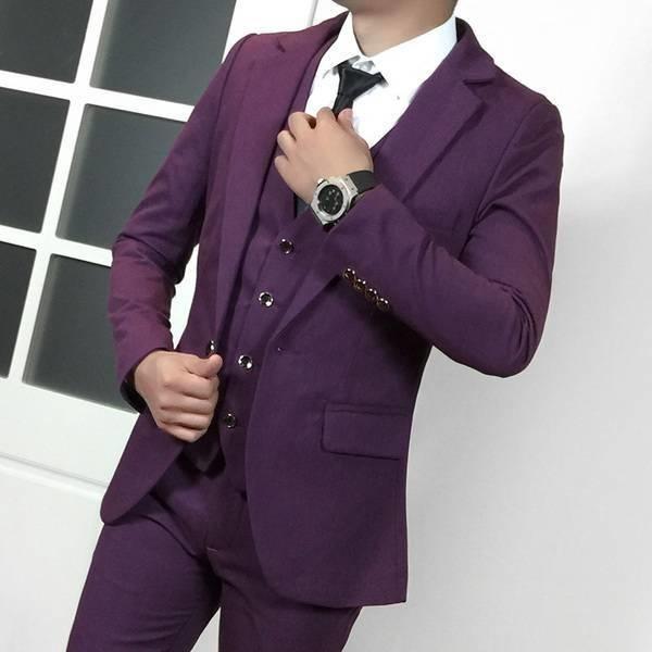 Фиолетовая деловая одежда