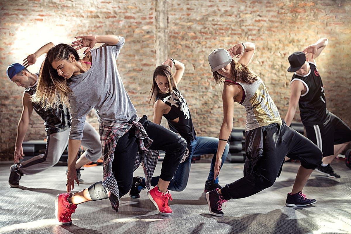 Хип-хоп танцы в картинках