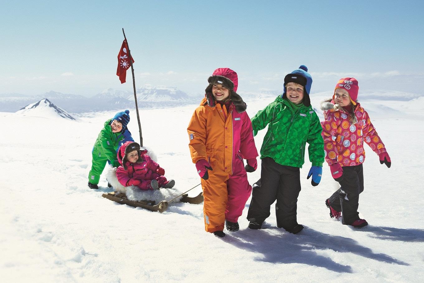 Как хорошо одеть ребенка зимой