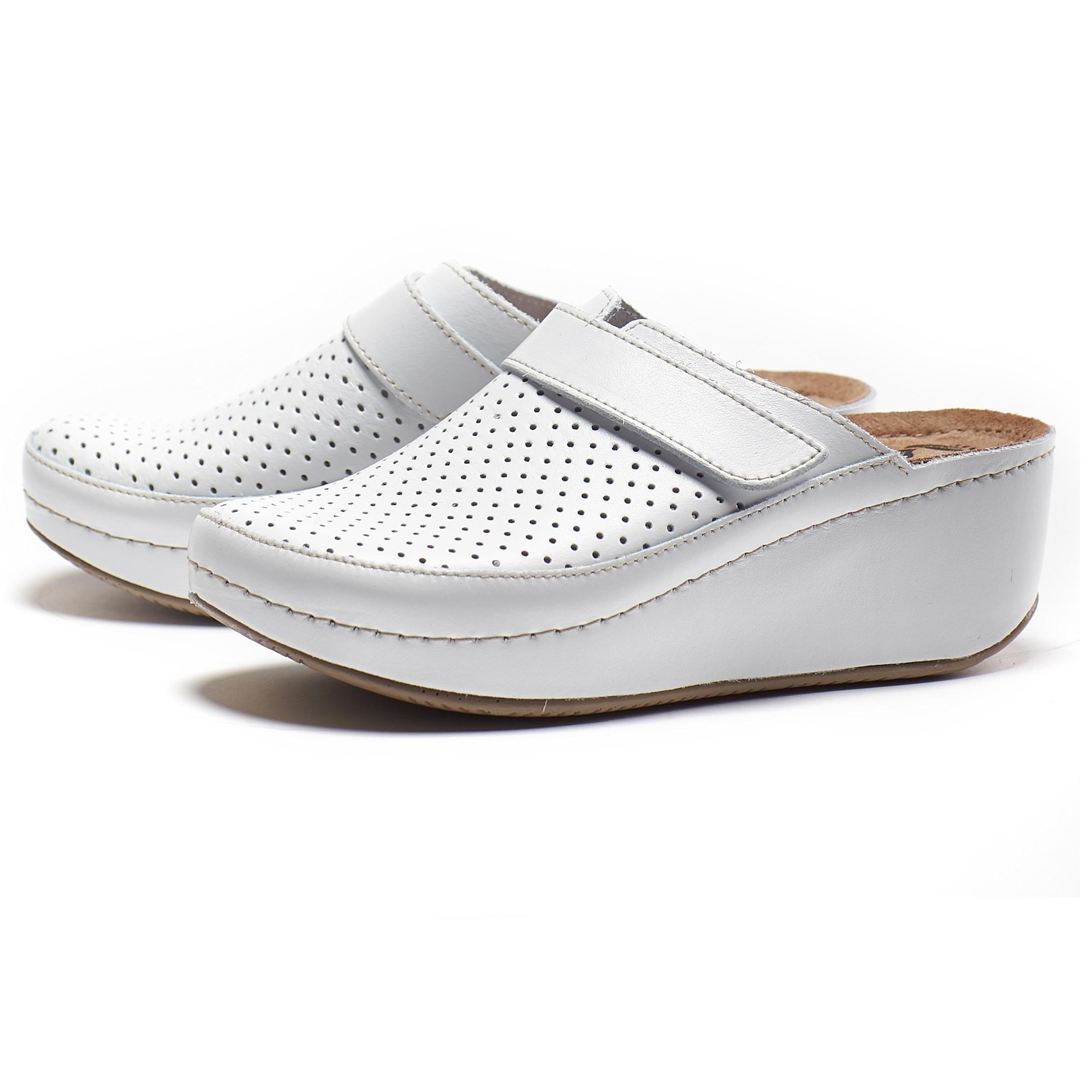 Как выбрать удобную обувь для работника медицины
