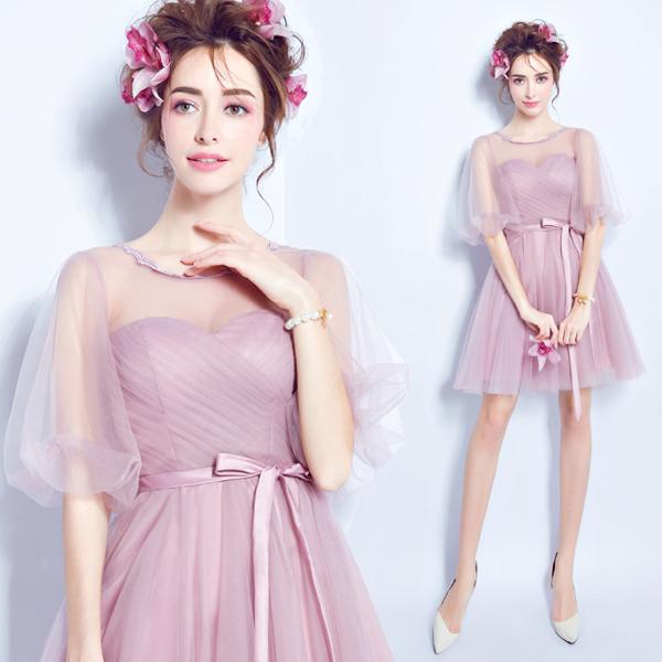 Красивое фиолетовое платье в романтическом стиле