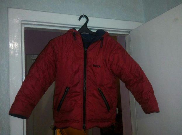 Красная детская курточка Skila