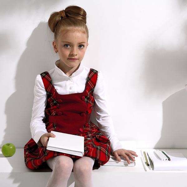 Красное платье для школы