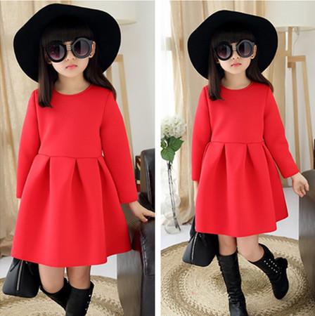 Красное теплое платье на осень