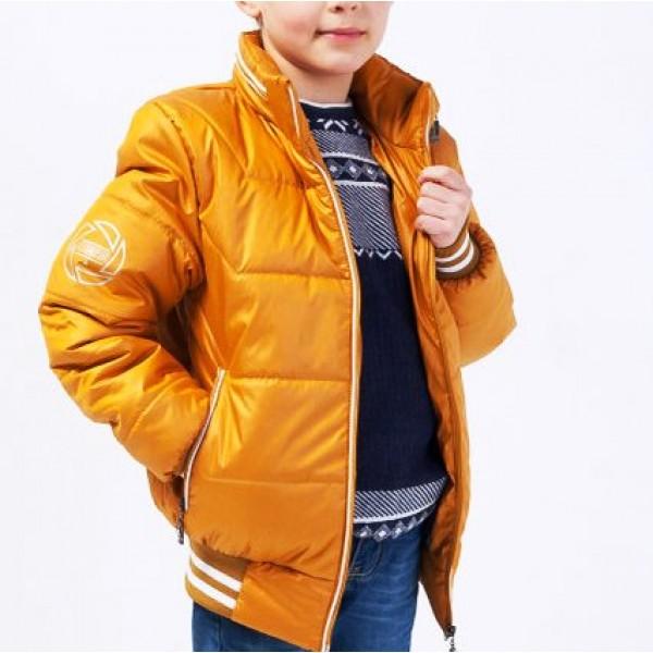 Модная куртка оранжевого цвета для ребенка