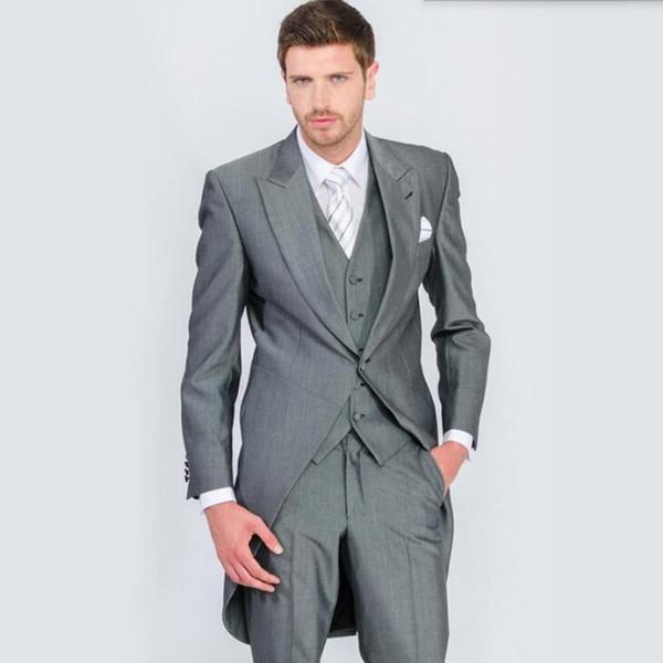 Мужские костюмы для работы