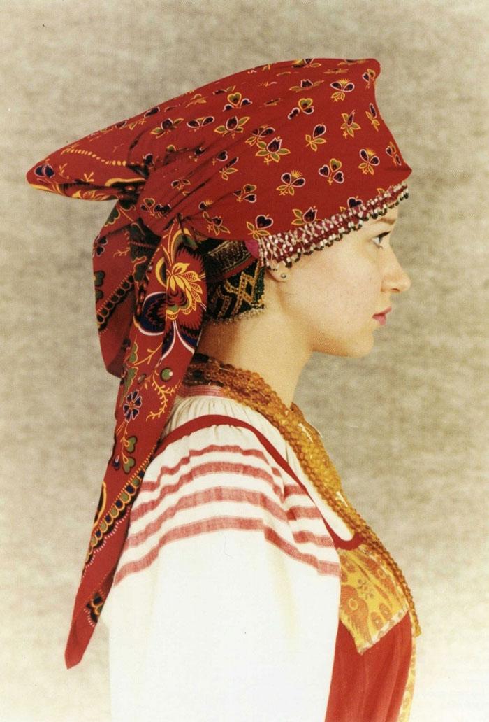 Народные головные уборы для женщин