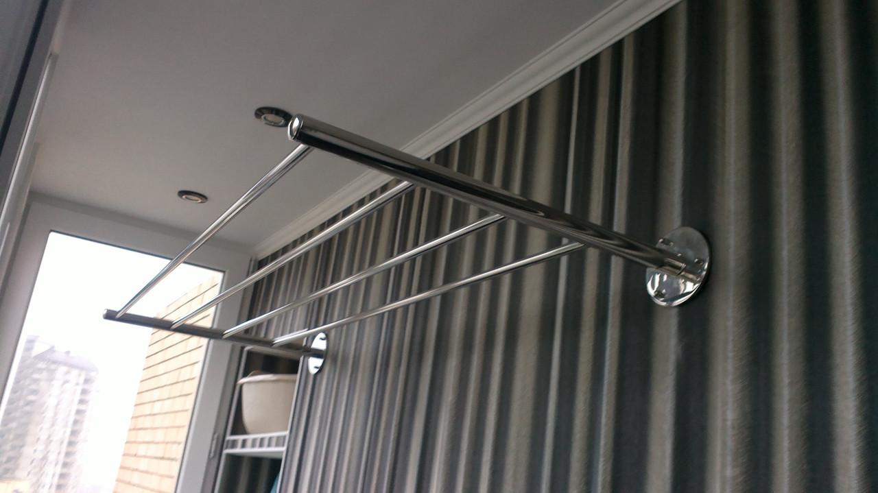 Сейчас можно ограничиться одной сушилкой на балконе