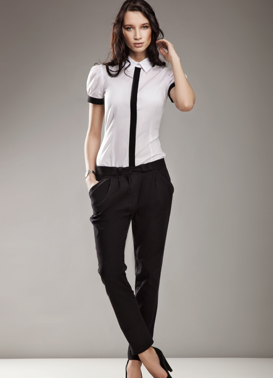 Стильный дресс код для женщин в офисе летом