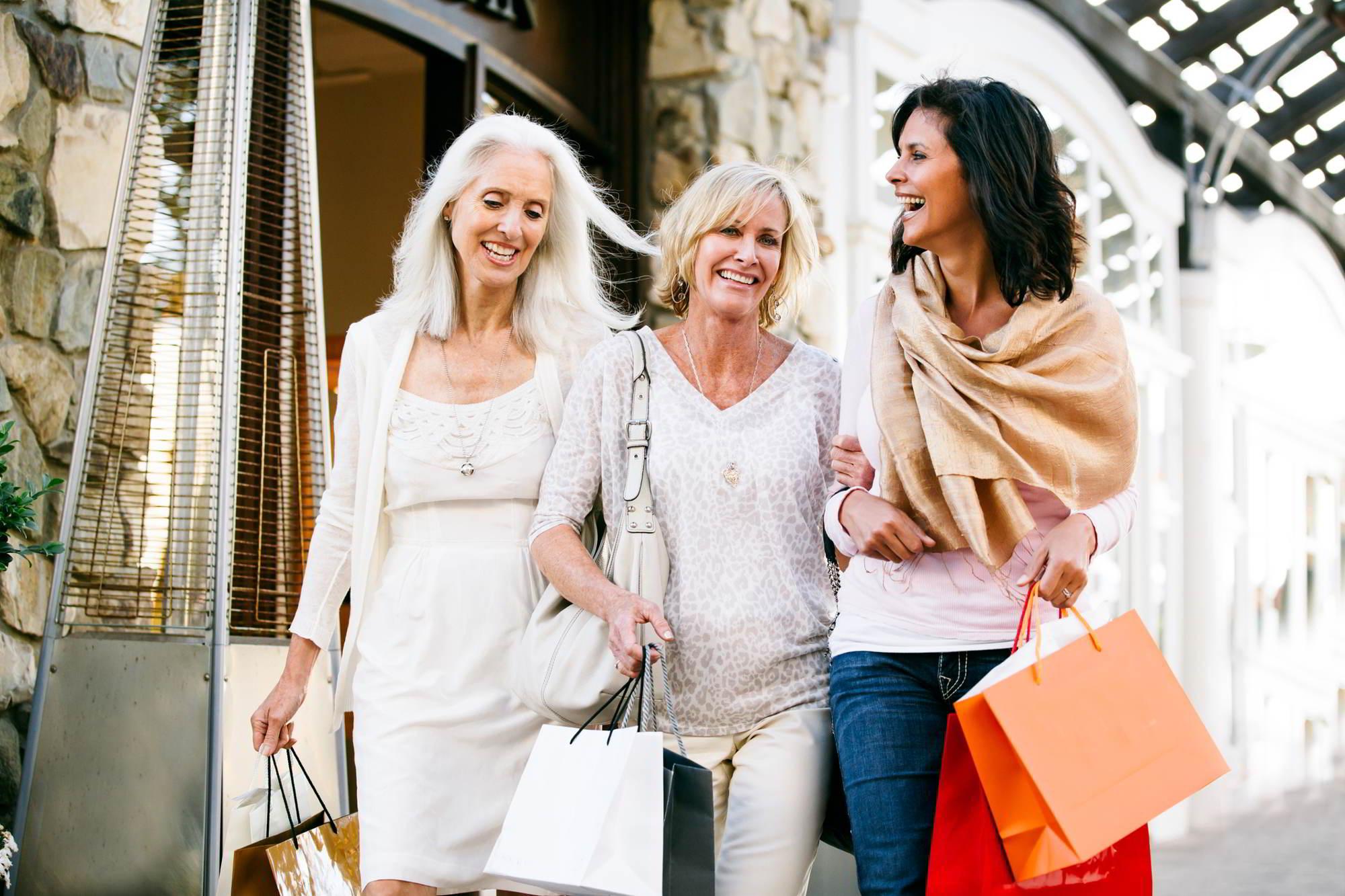 Весенняя одежда для зрелых женщин