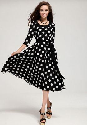 Винтажное черно-белое платье