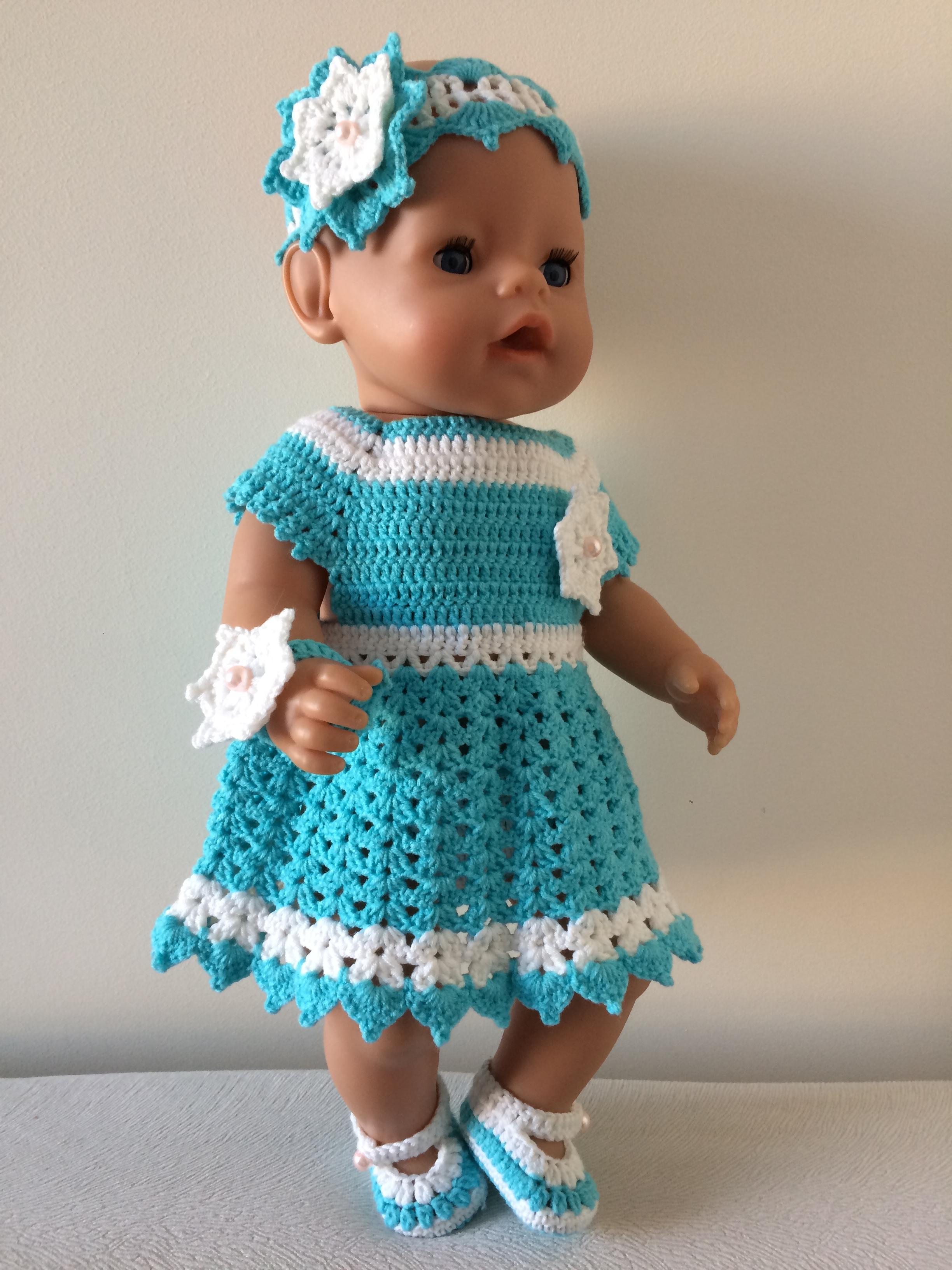 Вязаные платья для куклы