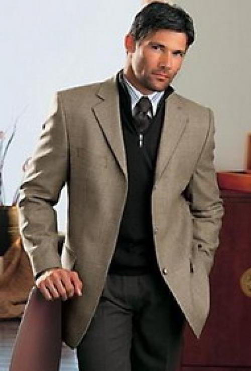 Выбираем мужской костюм большого размера