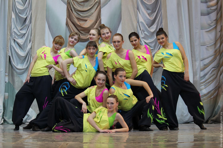 Яркие танцевальные костюмы