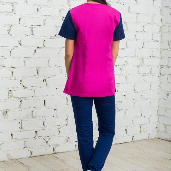 Женская блуза для работы врача