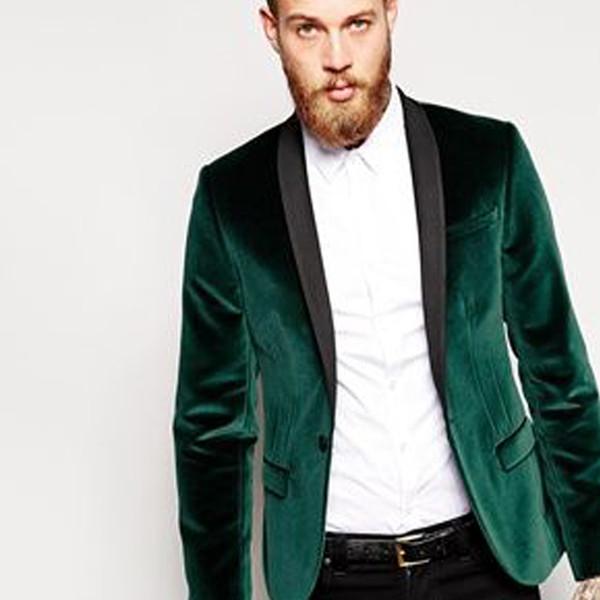 Зеленая бархатная деловая одежда
