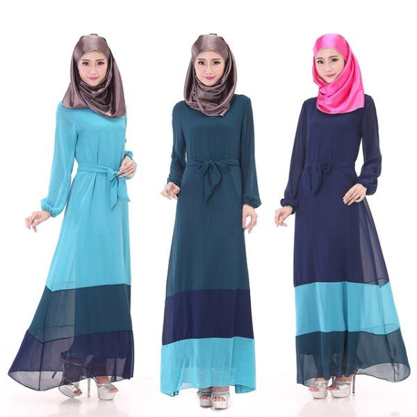 Цветное длинное платье для мусульманок