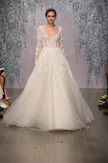Изысканное платье Monique Lhuillier