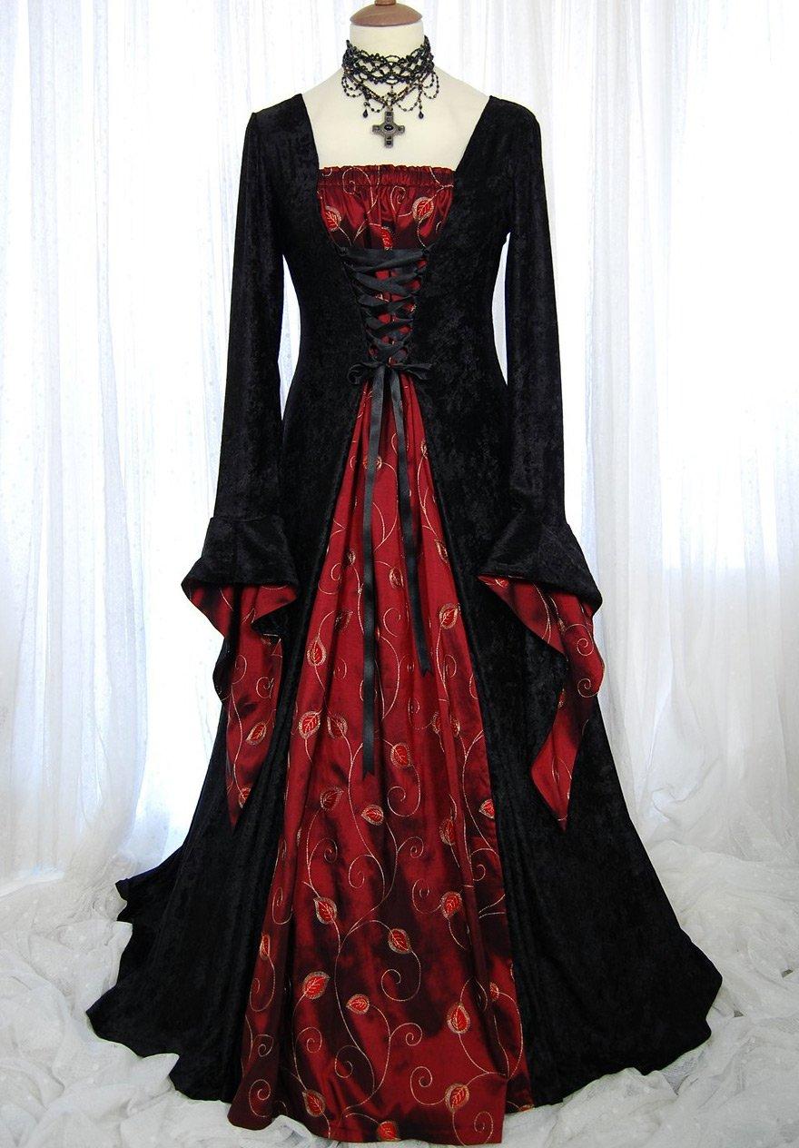 Нарядное готическое платье в пол