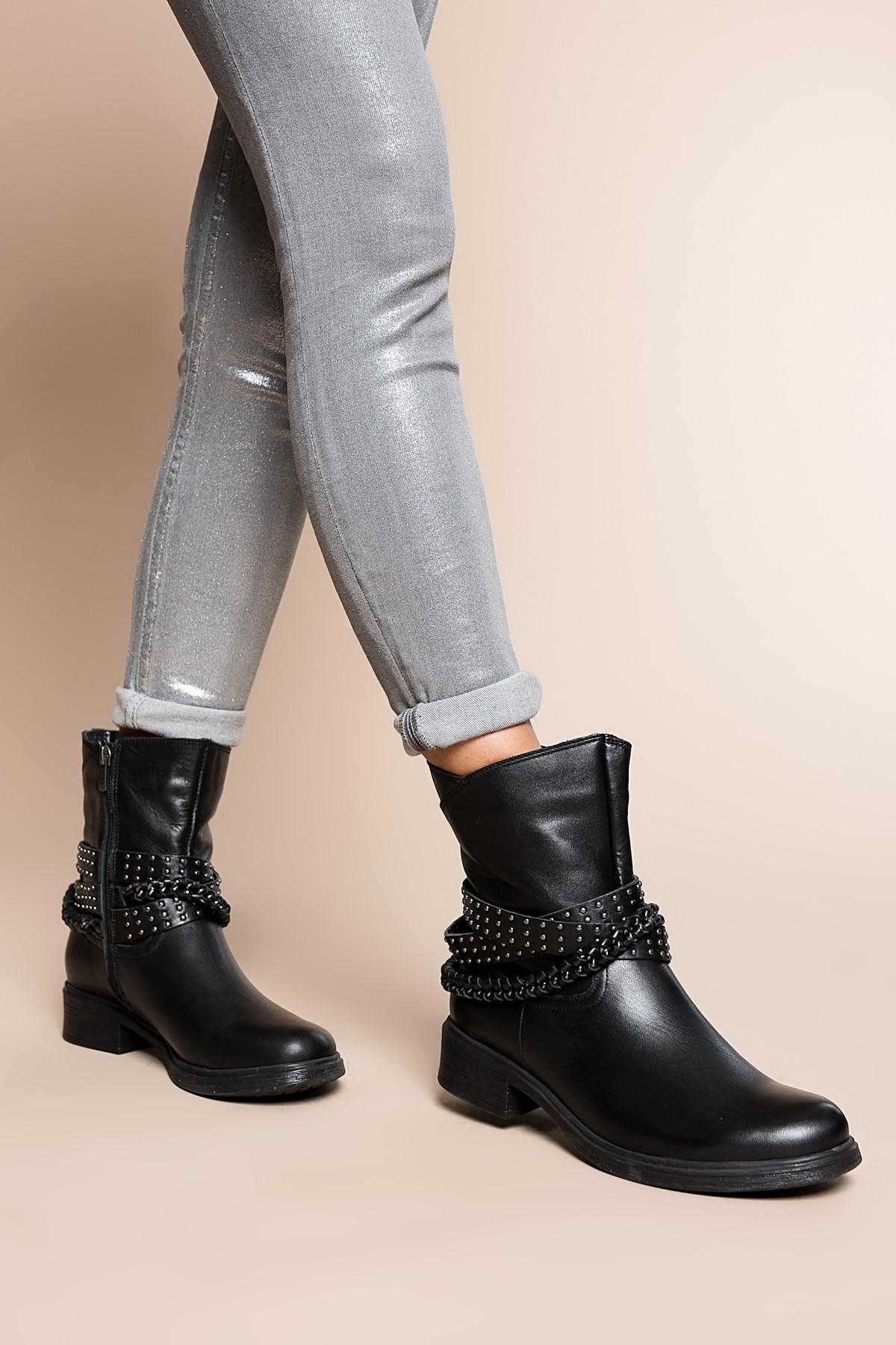Обувь из высококачественной кожи INCI