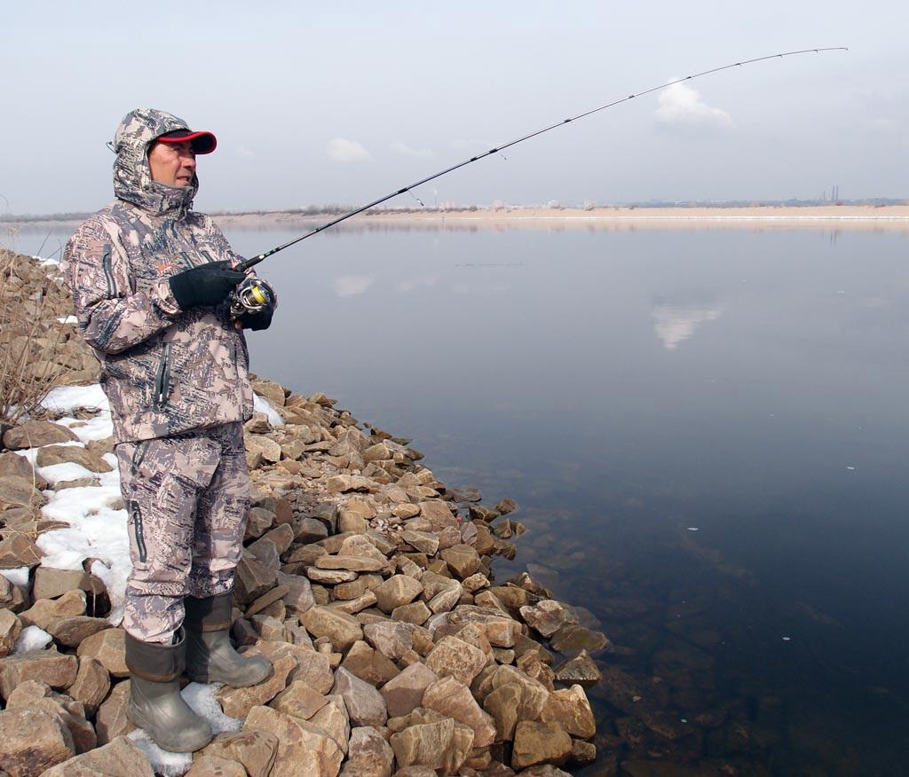 Одежда для весенней рыбалки