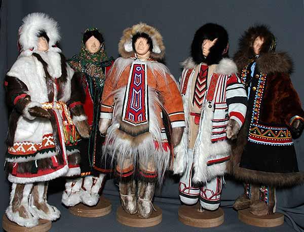 Одежда изготовляется из шкур и меха