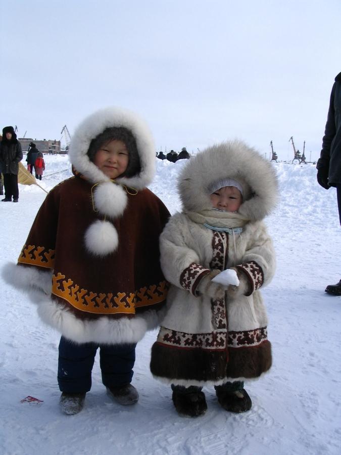 Теплые вещи для маленьких северян