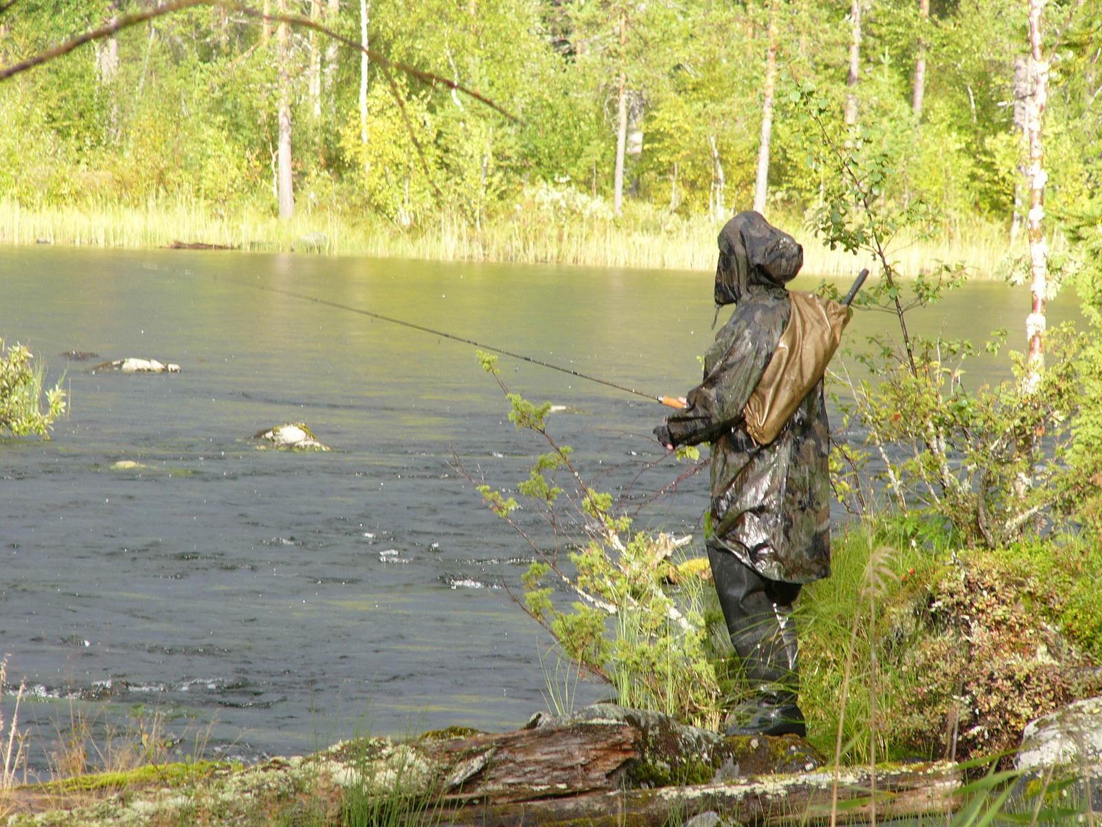 Выбор одежды для рыбалки