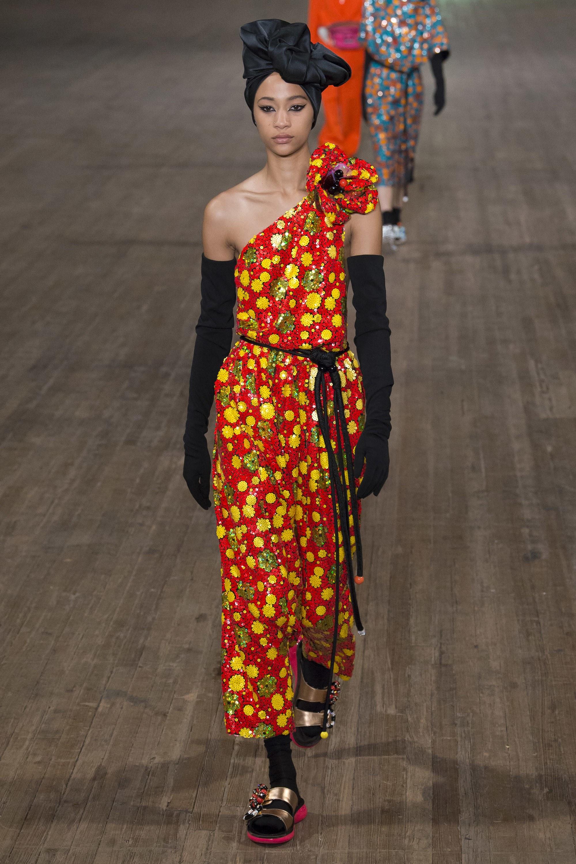Яркий наряд от Marc Jacobs