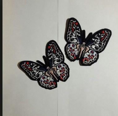Бабочка для украшения летней футболки