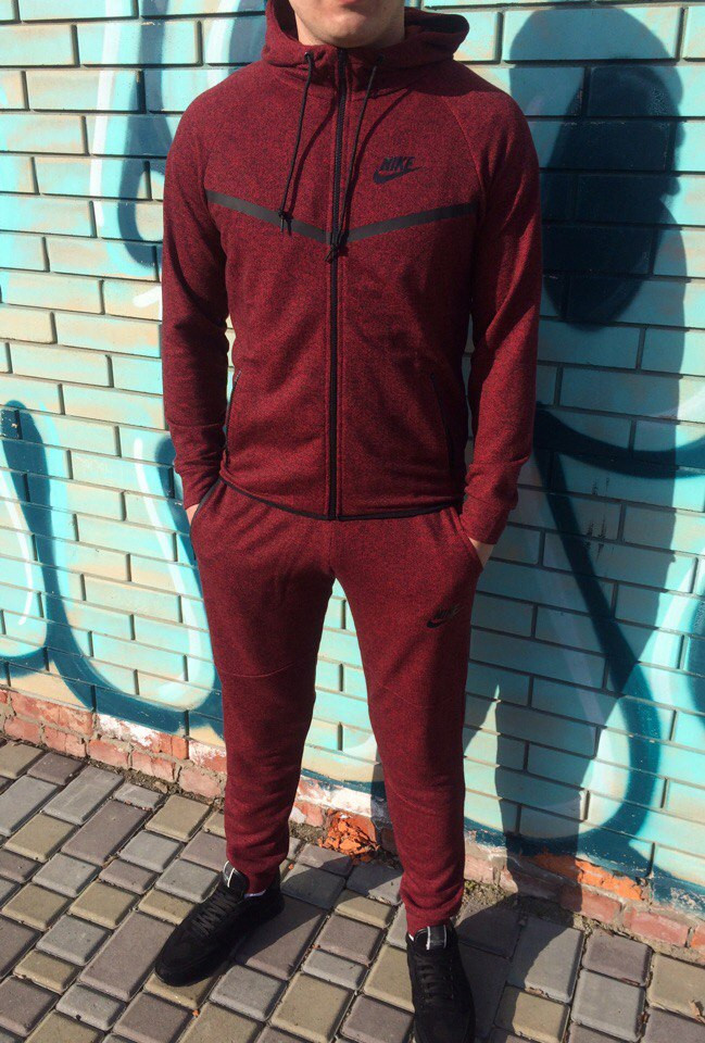 Бордовый цвет мужской одежды