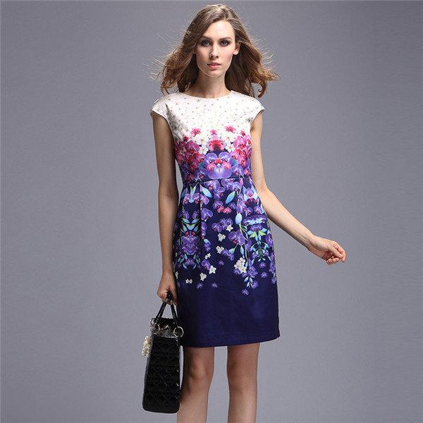 Элегантное и простое платье для девушки