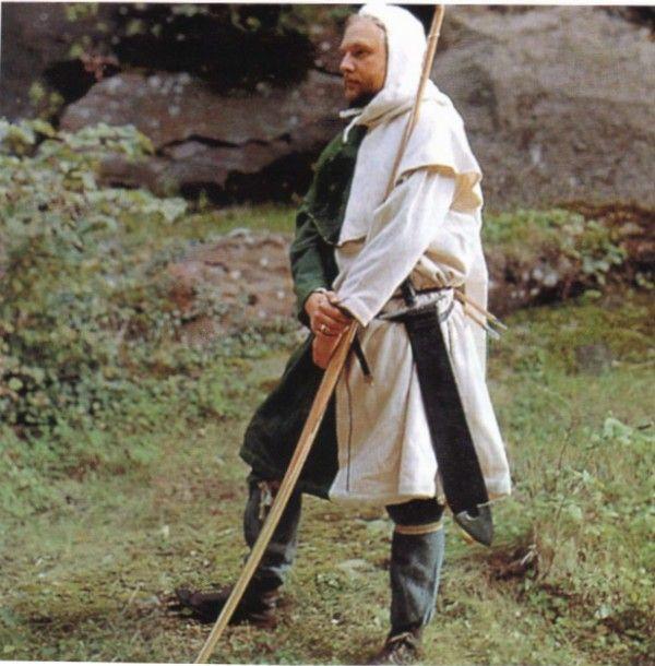 Европейский средневековый военный костюм