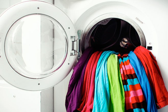 Как правильно избавиться от одежды