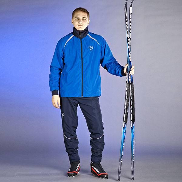 Любительский костюм для лыжников