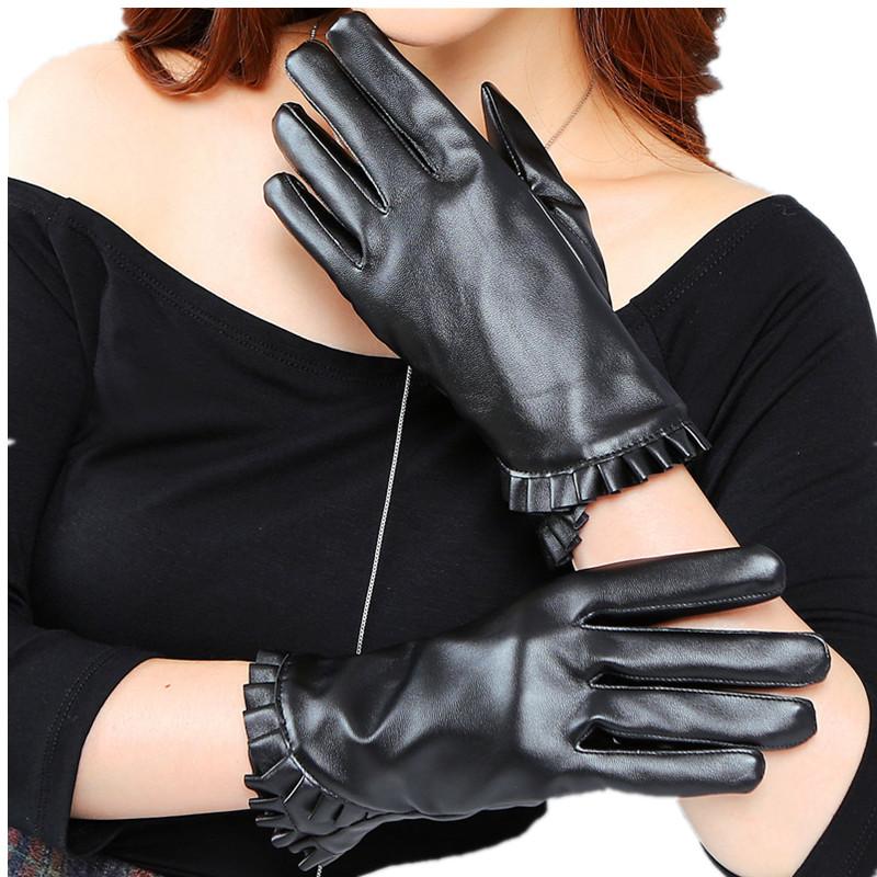 Перчатки из тонкой кожи