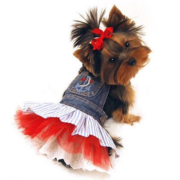 Платье для маленькой собаки