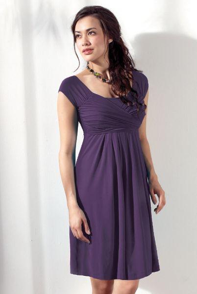 Платье с коротким рукавом фиолетового цвета