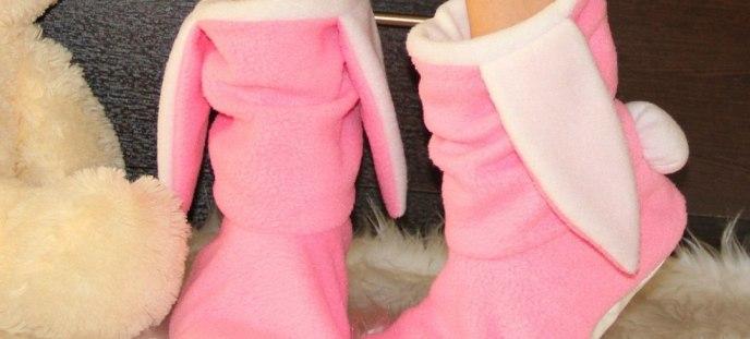 Розовые сапожки с ушами
