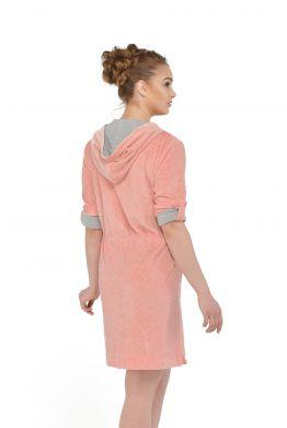 Розовый мягкий халат для дома