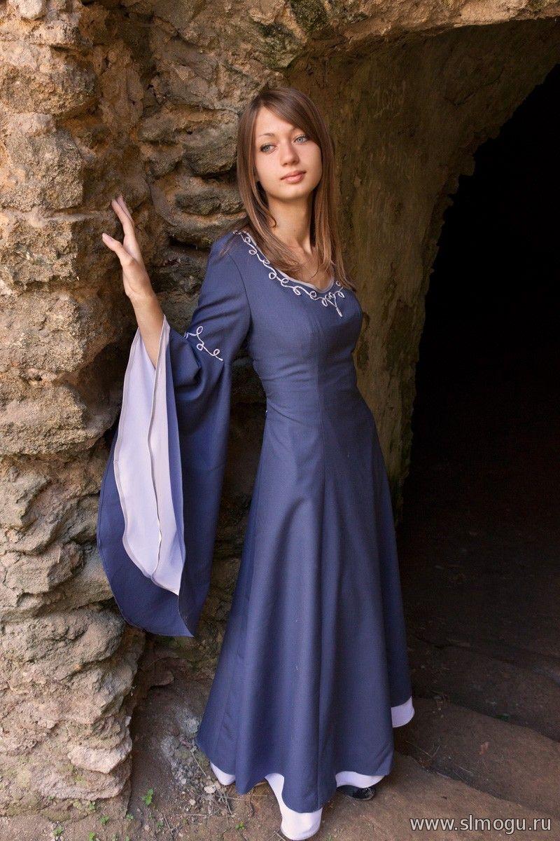 Синие платье с длинными рукавами