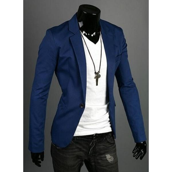 Синий оттенок пиджака