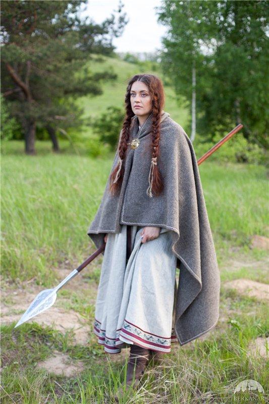 Средневековый женский плащ