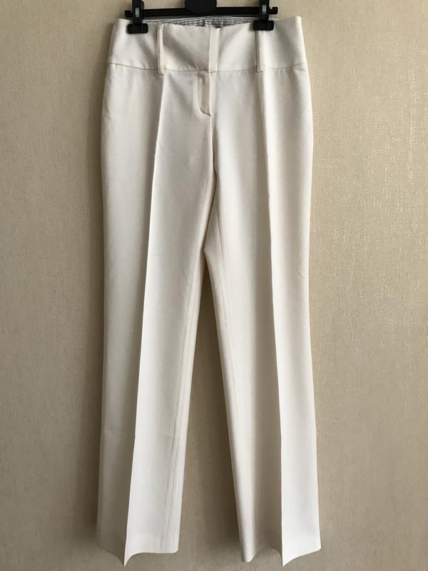 Светлые брюки из тонкой шерсти