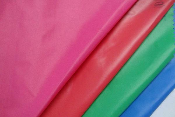 Таффета – используется в качестве подкладки для верхней одежды