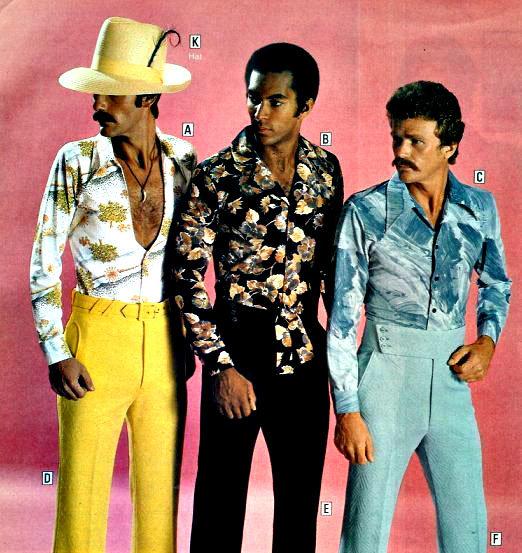 Троица мужчин в стиле диско