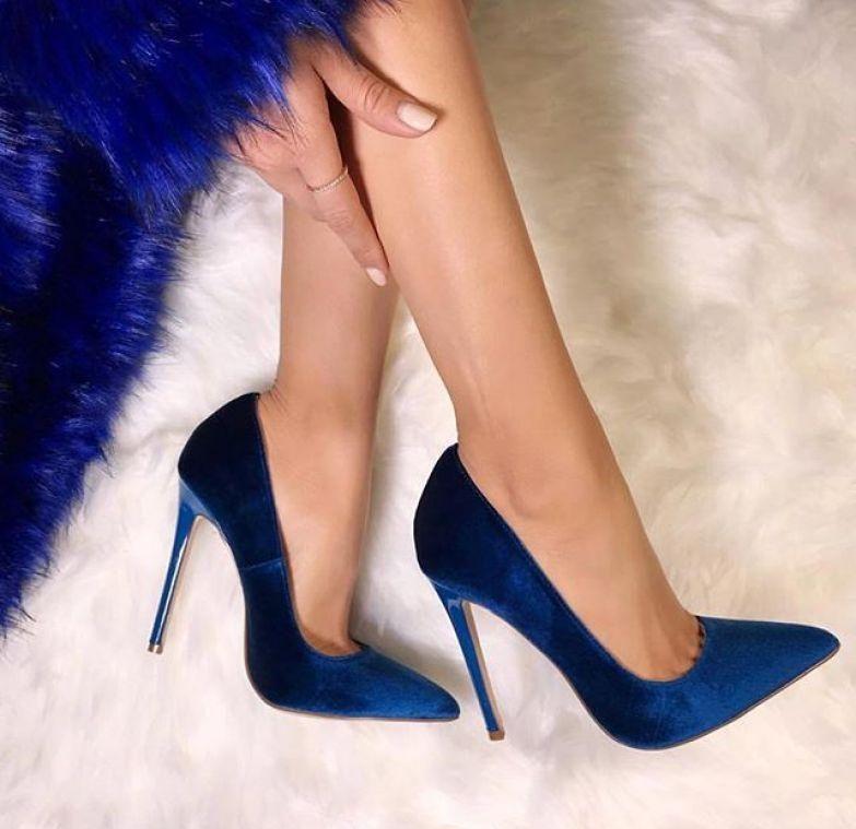 Велюровые туфли